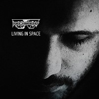 16/06/2018 : Reichsfeind - Living In Space